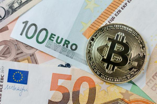 guadagna il bitcoin del commercio dei soldi