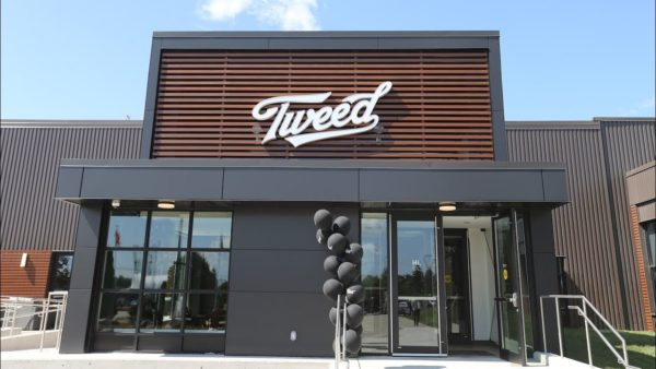 Il negozio Tweed di Canopy Growth a Smiths Falls